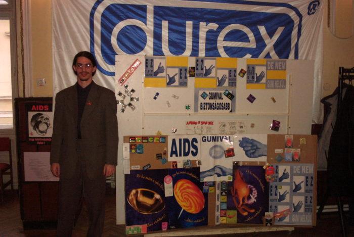 2002.12. AIDS Világnap3